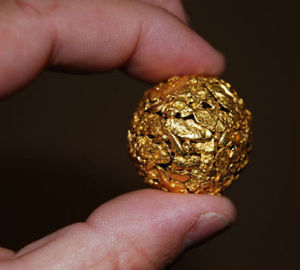 Gold Nugget Globe